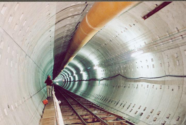 地铁盾构管片