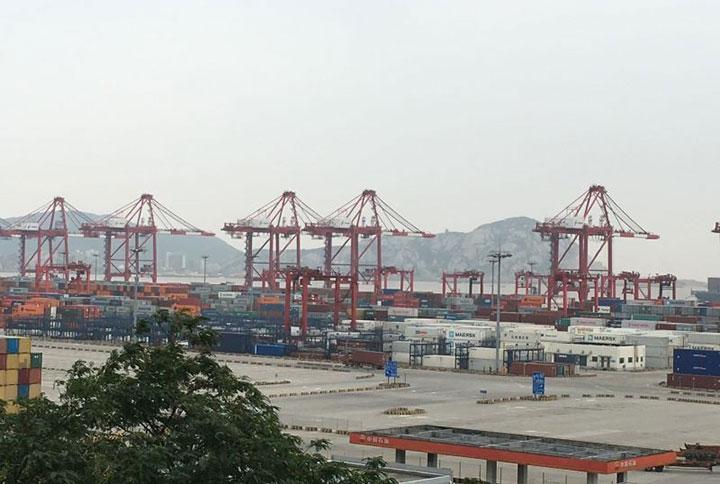 洋山港码头